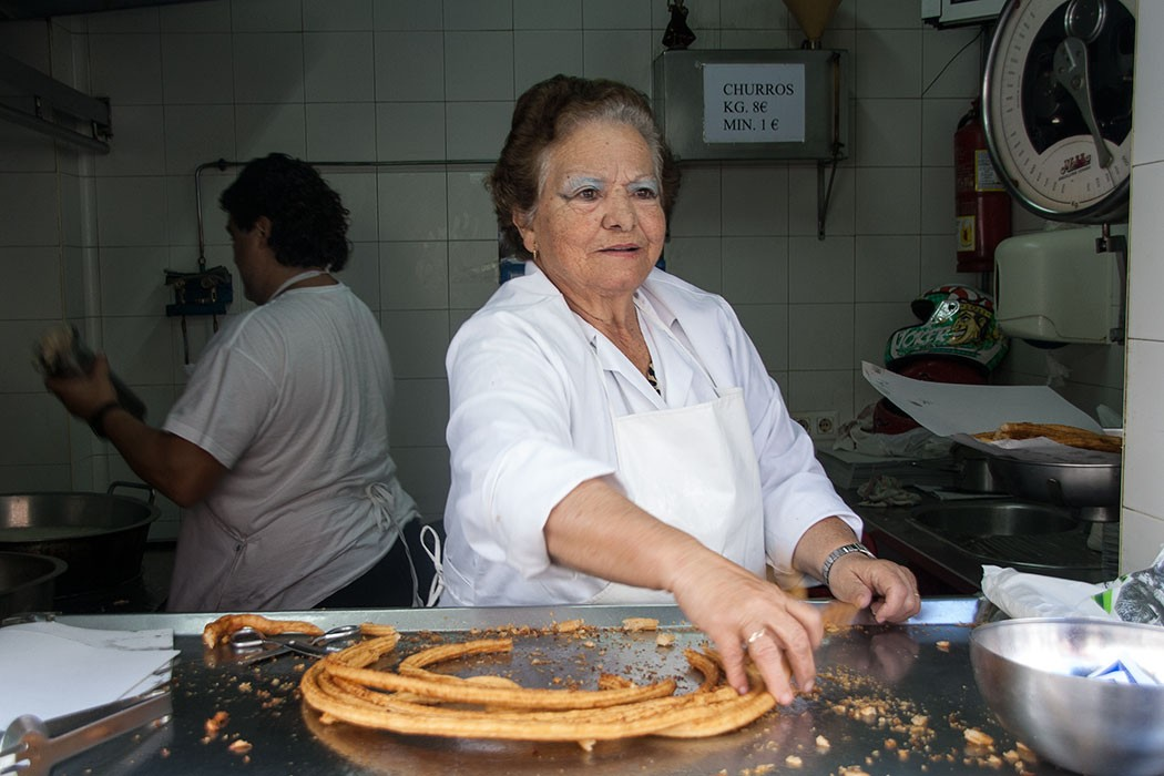 Charo Salguero Churrera El Puerto de Santa Maria | The Queen of Churros | holafoodie.com