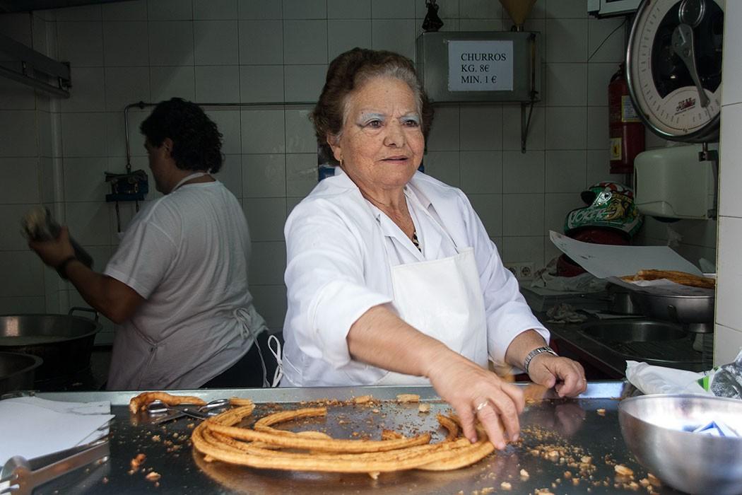 Charo Salguero Churrera El Puerto de Santa Maria   The Queen of Churros   holafoodie.com