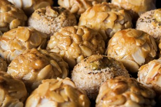 Panellets recipe | holafoodie.com