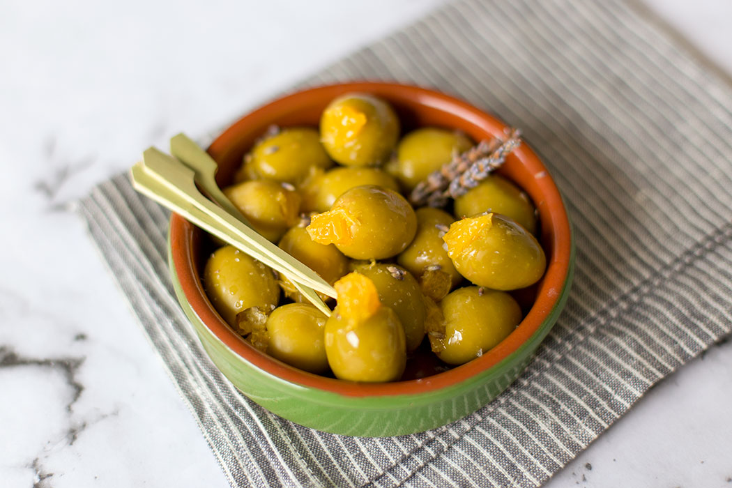 how to serve stuffed olives