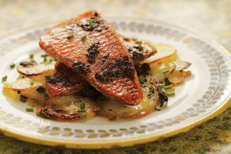 Red mullet with sliced potatoes and black olives by Jose Pizarro