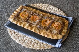 Sardines, tuna & anchovies coca recipe | holafoodie.com