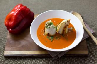 Stuffed squid with Vizcaina sauce recipe | holafoodie.com