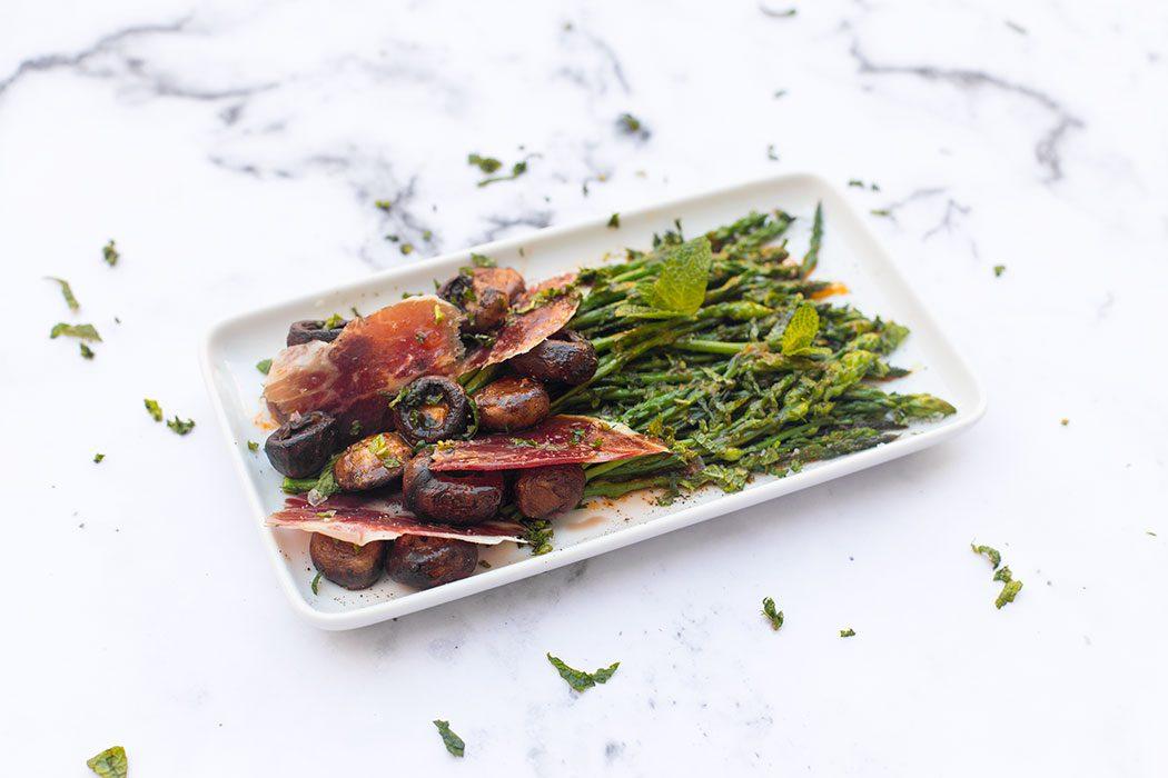 Wild asparagus and iberico ham salad